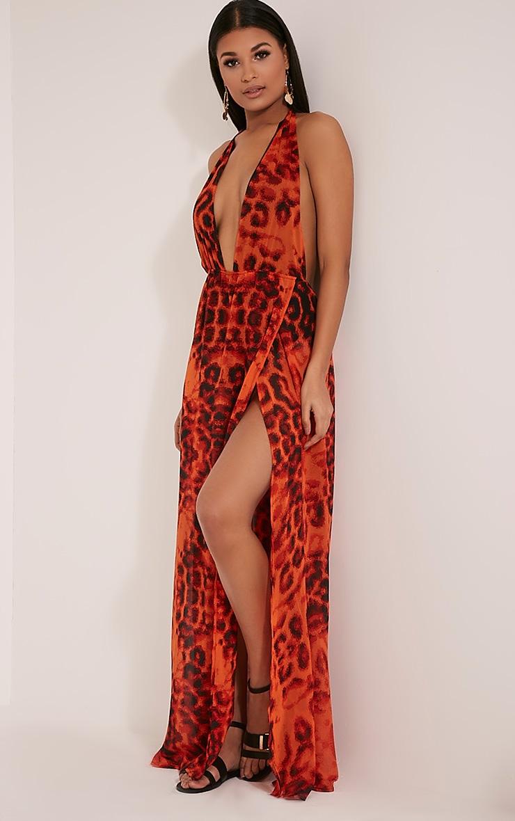 Alina robe maxi orange décolleté plongeant imprimé léopard 1
