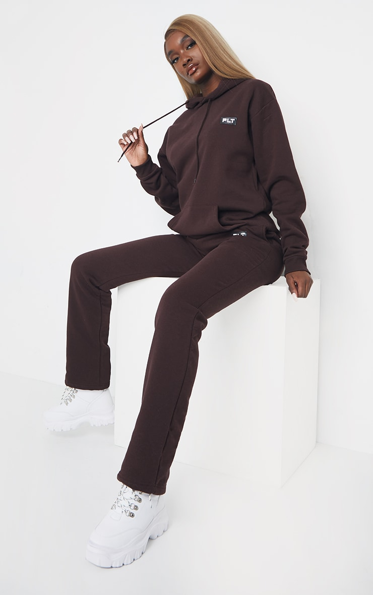 PRETTYLITTLETHING Tall Chocolate Badge Detail Oversized Hoodie 3