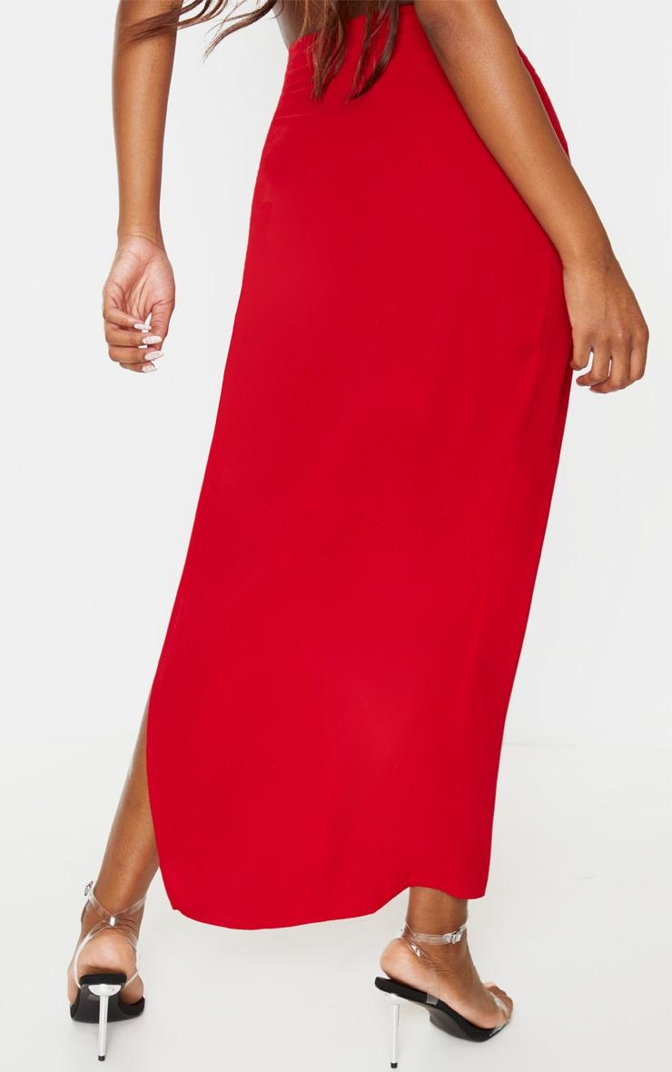 Jupe longue tissée rouge fendue sur le côté 4