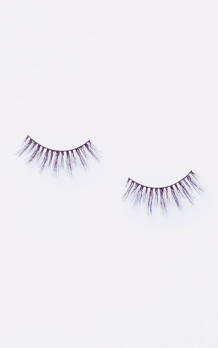 PRETTYLITTLETHING X Land of Lashes Lola 3