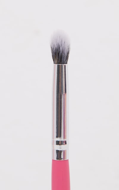 Peaches & Cream PC22 Tapered Mini Blender Brush