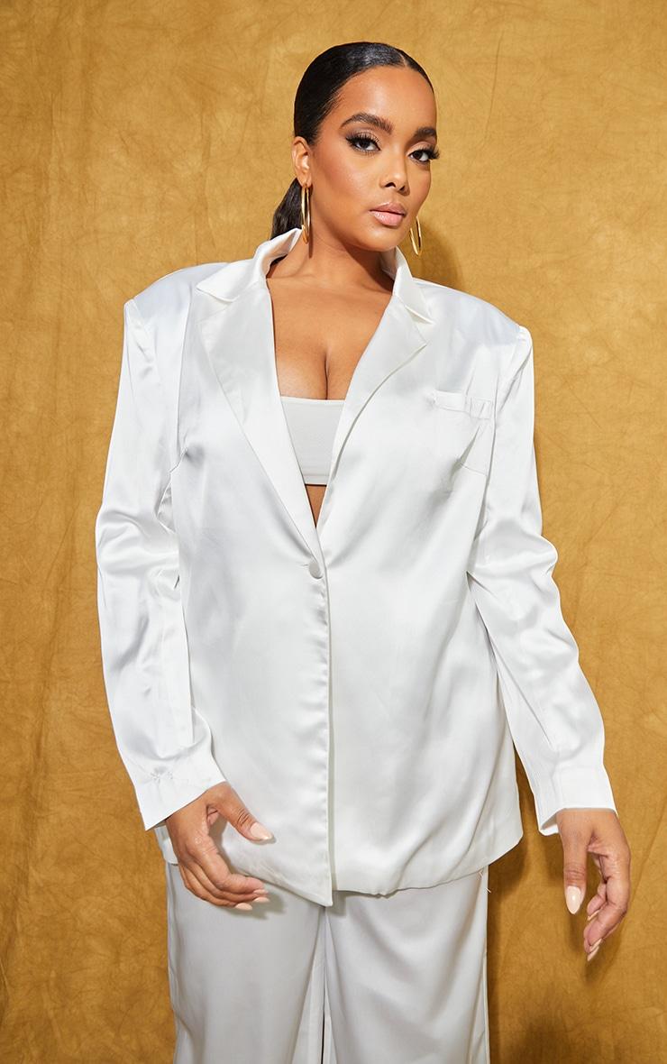 Plus White Satin Oversized Blazer 3