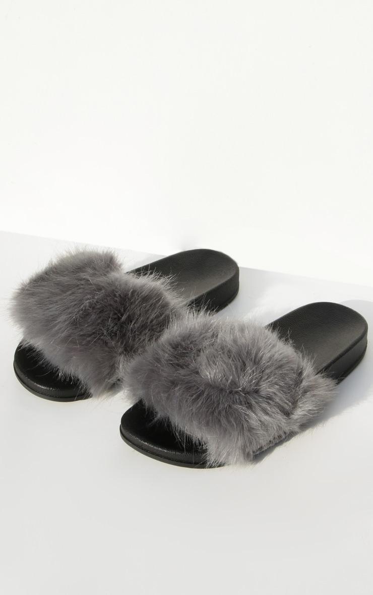 Grey Faux Fur Strap Sliders 2