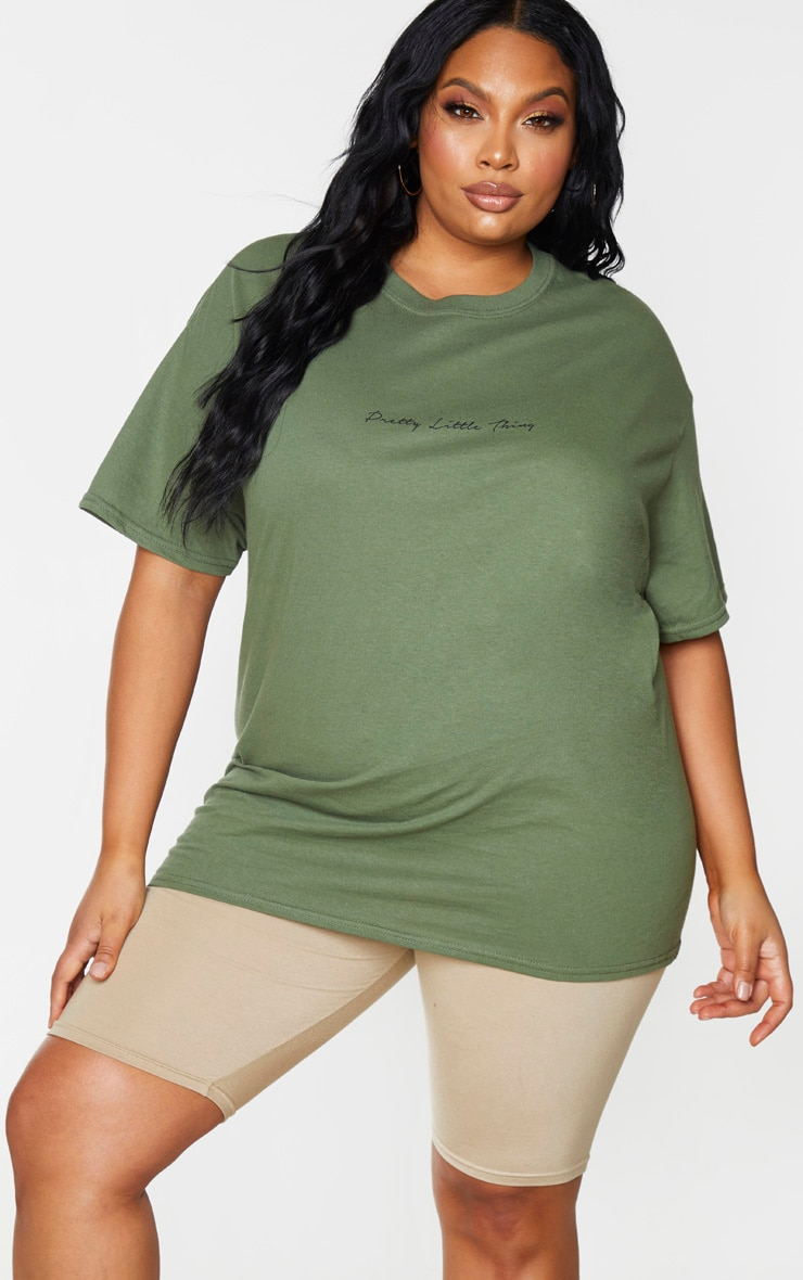 PRETTYLITTLETHING Plus Khaki Slogan Oversized T Shirt 1