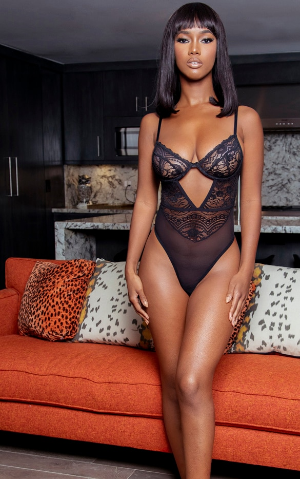 Black Cut Out Detail Geo Lace Underwired Body 3