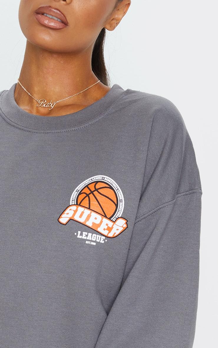 Sweat gris anthracite style universitaire imprimé basketball 4