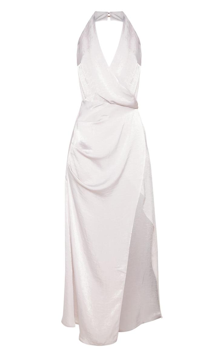 Robe longue satinée texturée argentée à dos-nu 3