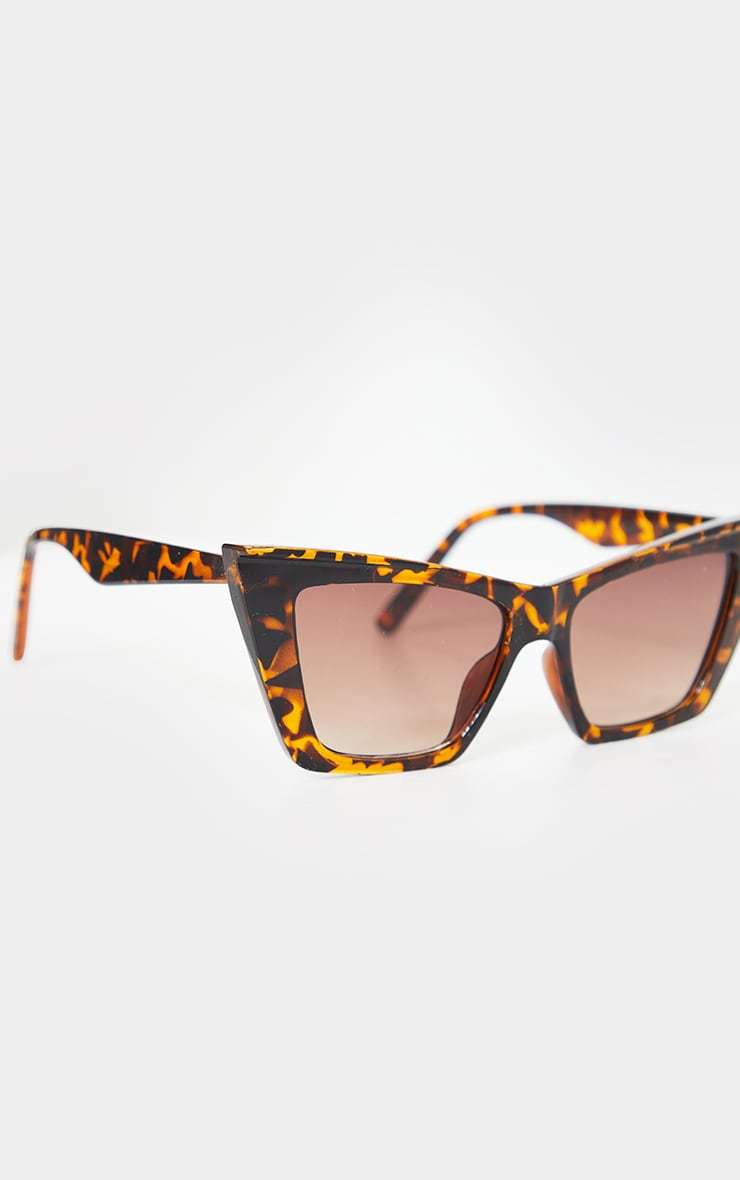 Brown Tortoiseshell Square Slim Cat Eye 2