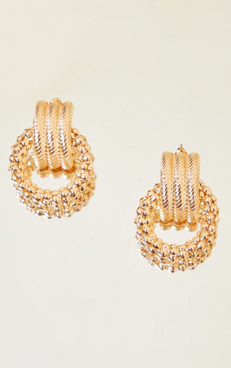 Gold Chunky Ribbed Chainmail Earrings 3
