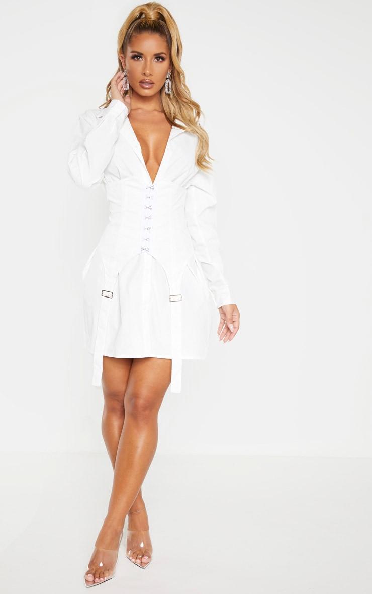 Robe chemise blanche style corset à crochets et oeillets 3