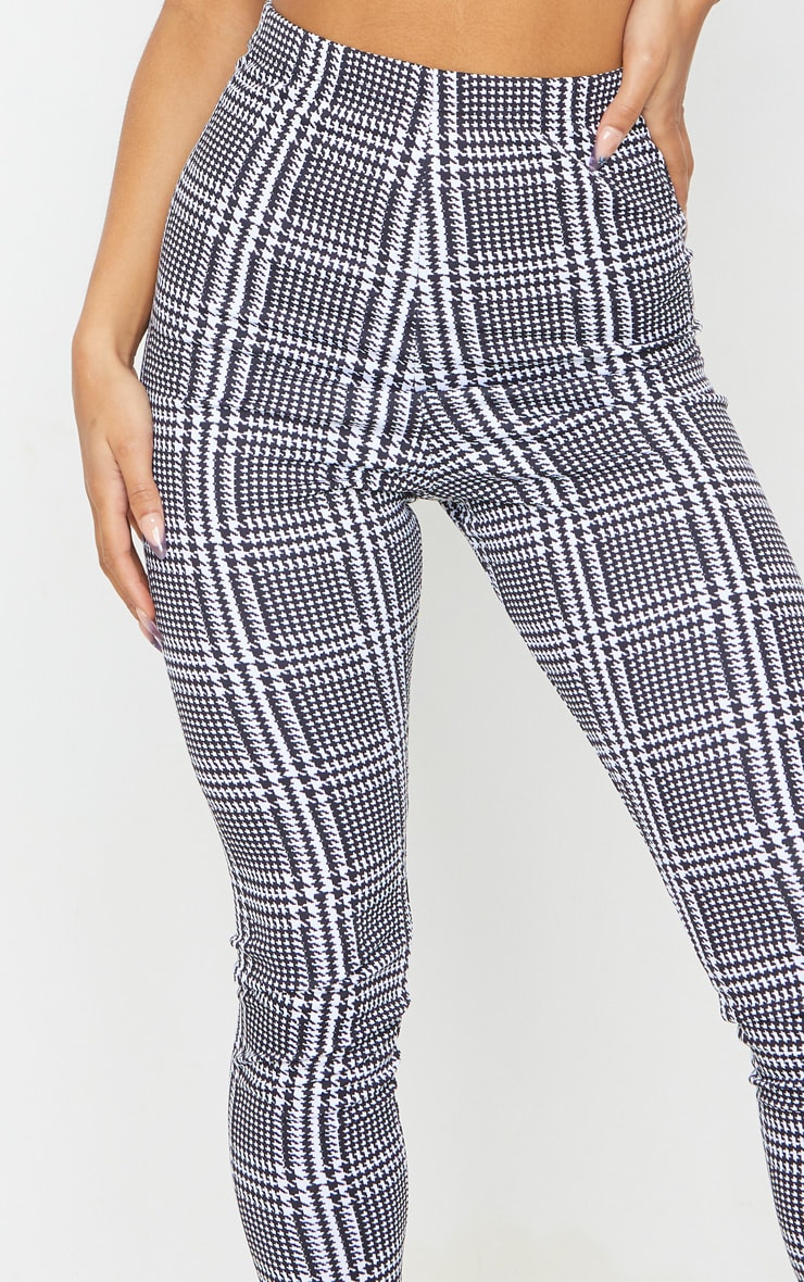 Monochrome Check Basic Leggings 4