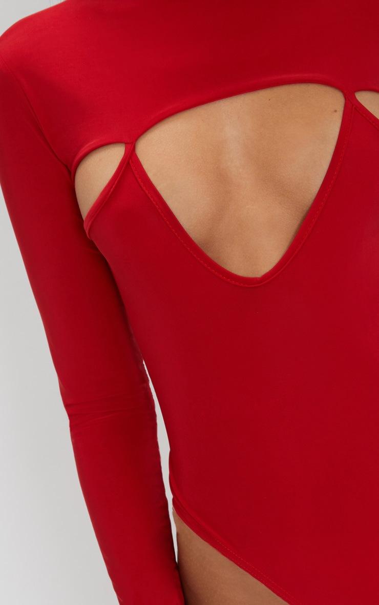 Body-string moulant rouge à manches longues et décolleté 6