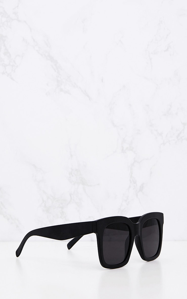 Matte Black Oversized Square Sunglasses 3