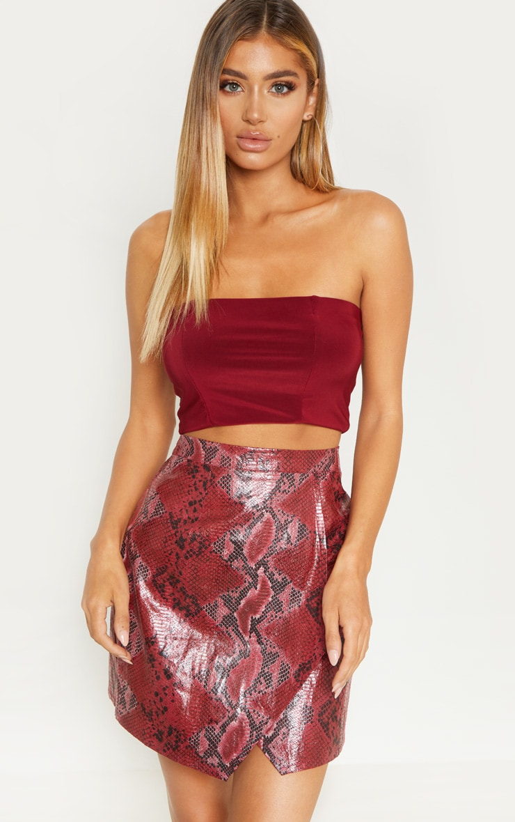 Crop top bandeau moulant rouge 1