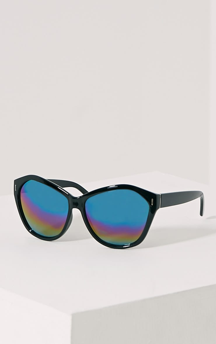 Darcy Black Mirrored Sunglasses 1