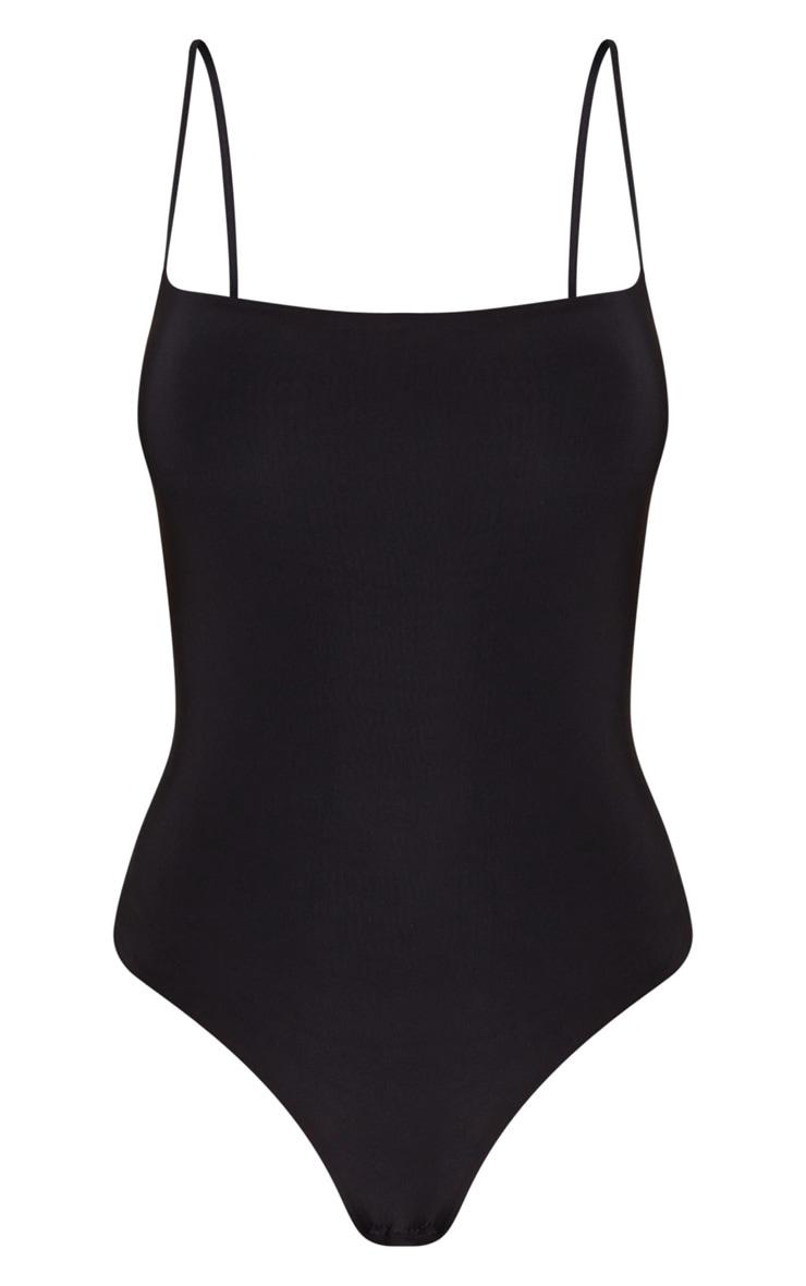 Body-string noir avec encolure carrée et bretelles fines 5