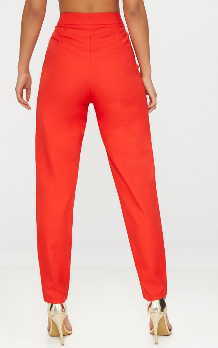 Pantalon cintré droit rouge 4
