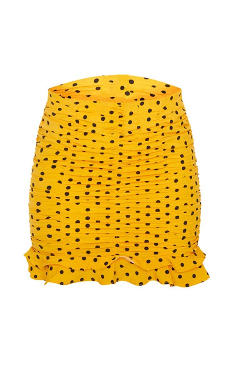 Mini-jupe froncée moutarde en maille tissée à pois 6