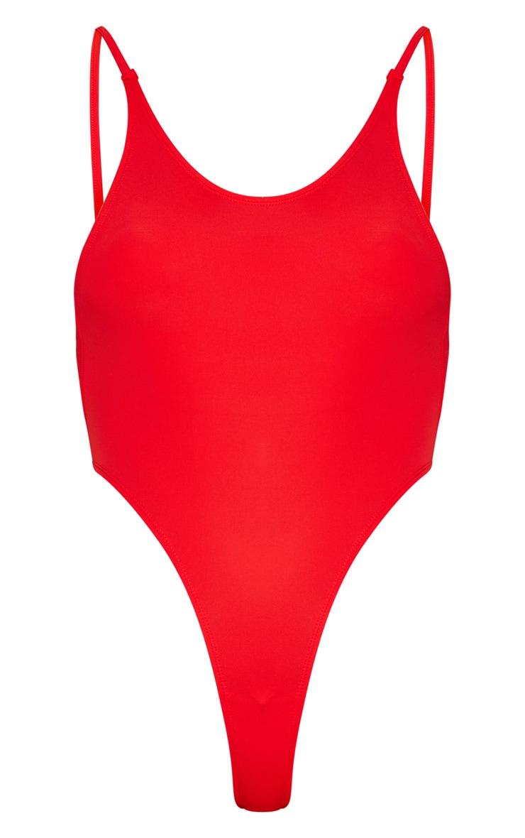 Red Minimal Basic Swimsuit 3