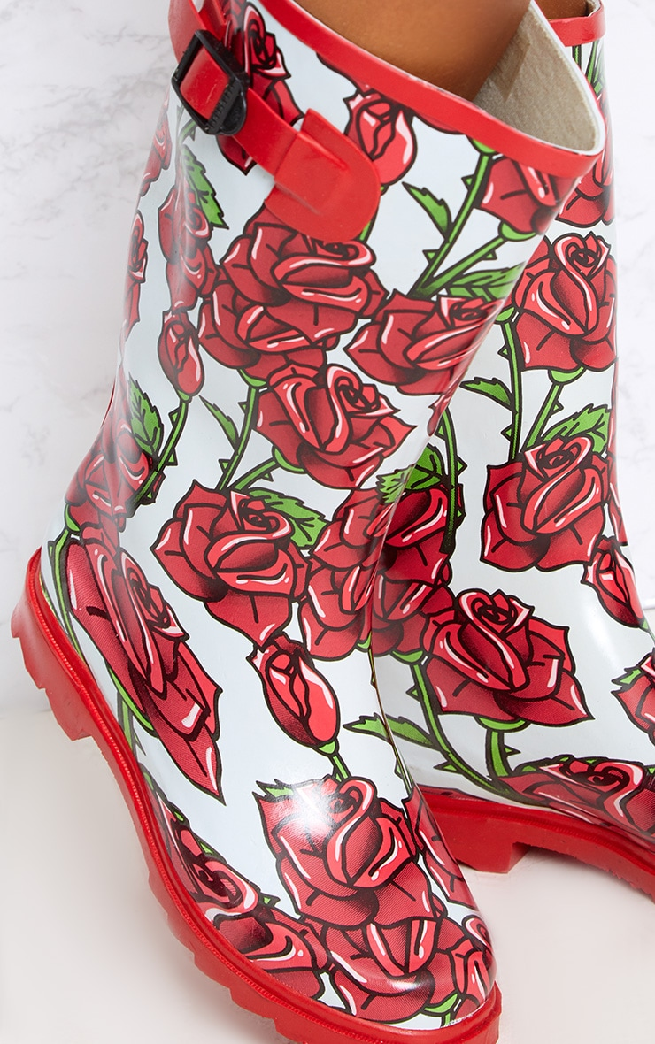 Red Rose Print Long Wellies  5