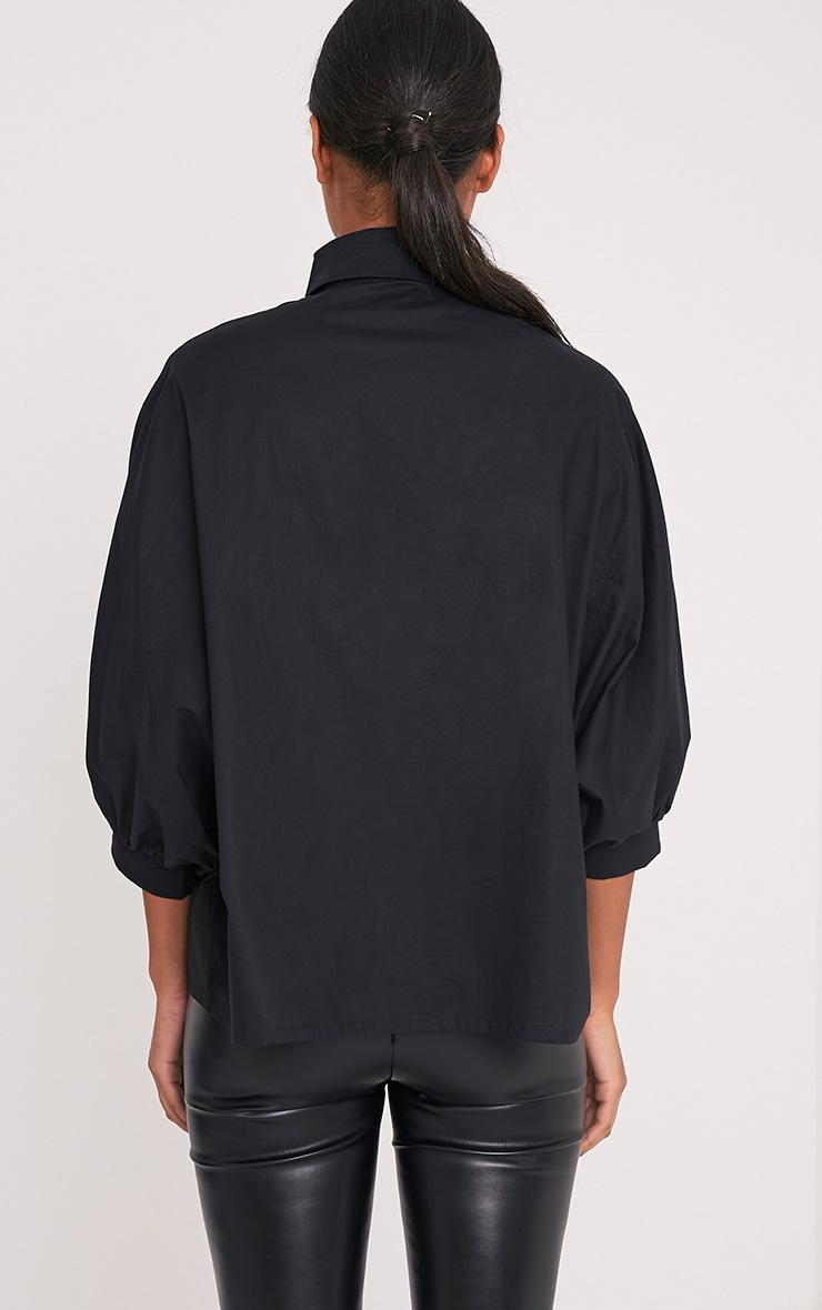 Ariane chemise noire manches chauve-souris 2