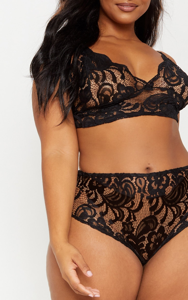 Plus Black Scallop Edge Lace Bra 5