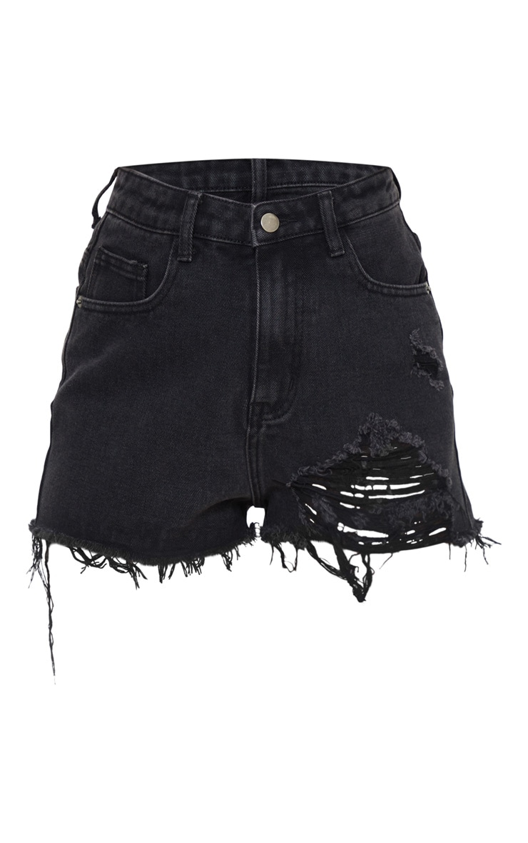 PRETTYLITTLETHING Petite Washed Black Distressed Denim Mom Shorts 6