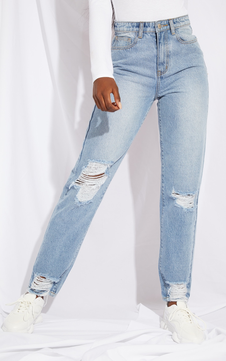 PRETTYLITTLETHING Tall Light Blue Wash Extreme Distressed Hem Knee Rip Mom Jean 2