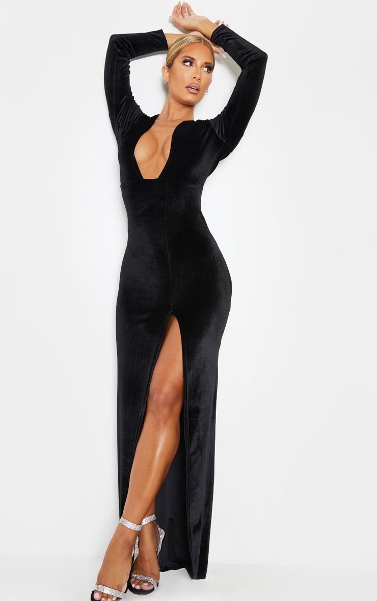 Robe longue fendue en velours noir à décolleté 4