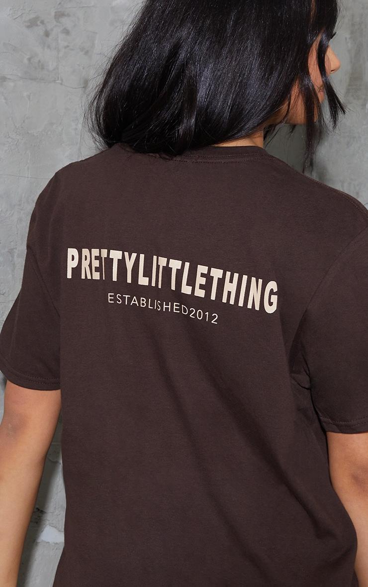 PRETTYLITTLETHING Chocolate Established Back Print T Shirt 4