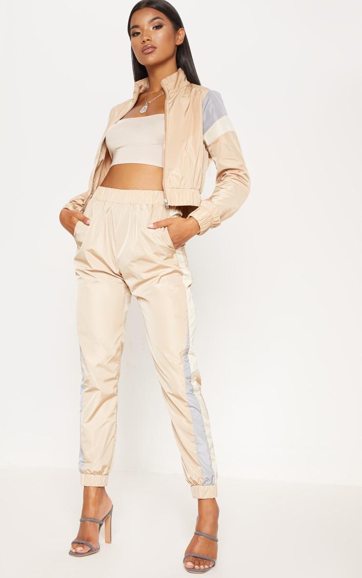 Pantalon de jogging gris pierre à bandes 1