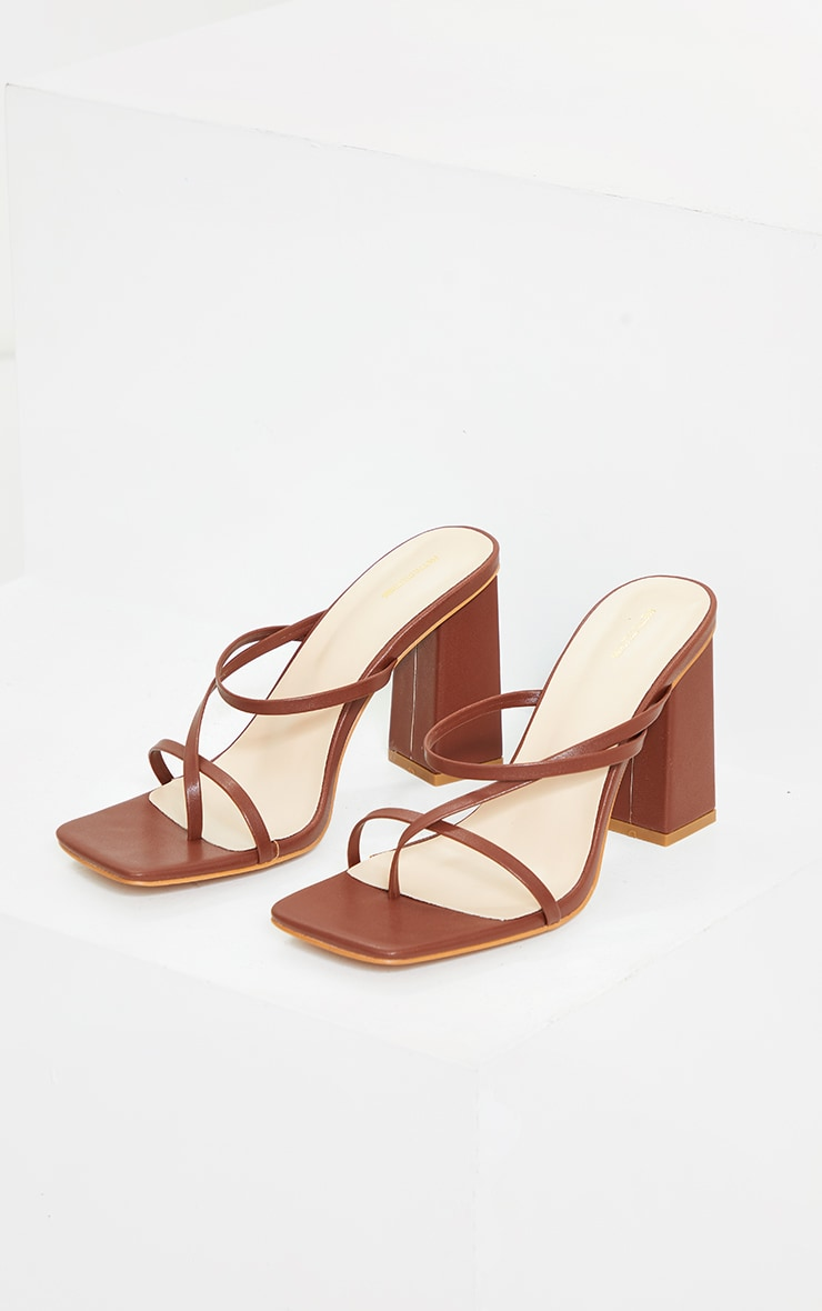 Chocolate PU Toe Loop Strappy Block Heeled Mules 4