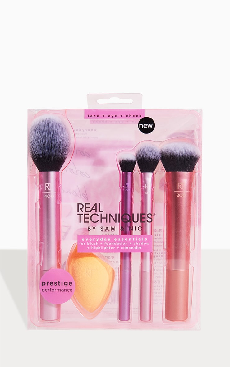 Real Techniques Everyday Essentials Brush Set image 1