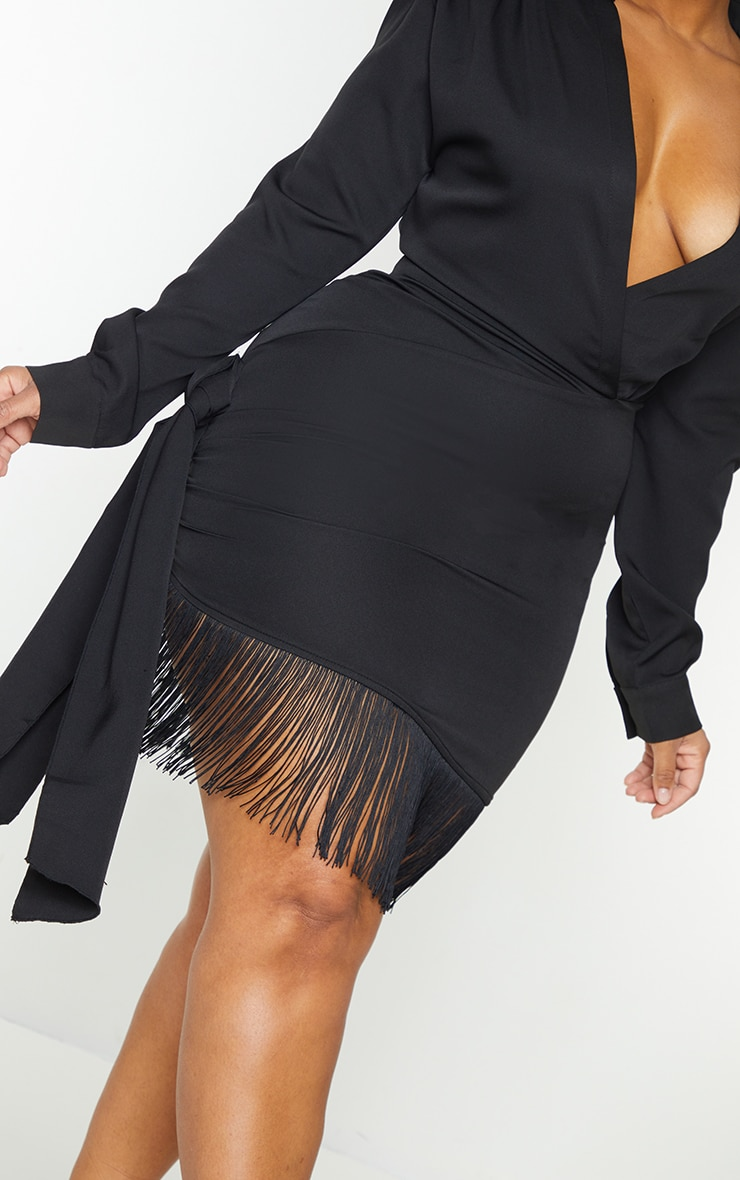 Plus Black Long Sleeve Tassel Hem Drape Detail Bodycon Dress 4
