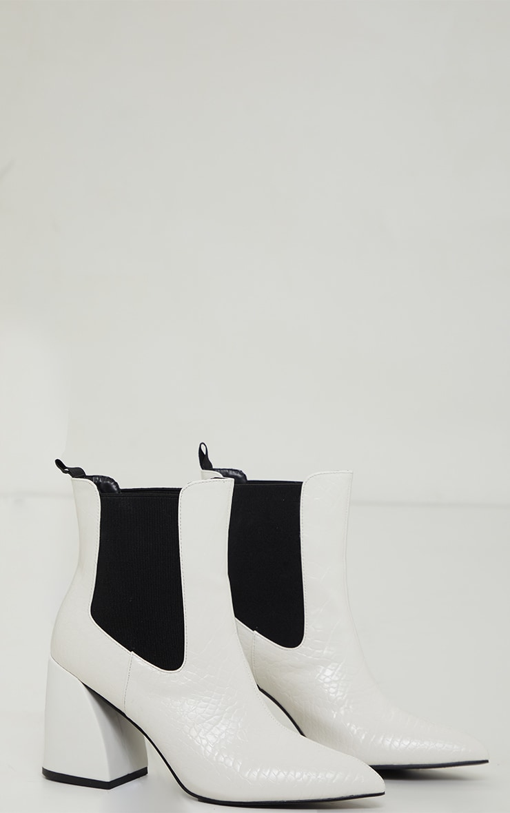 White Flared Mid-Block Heels Chelsea Boots 2