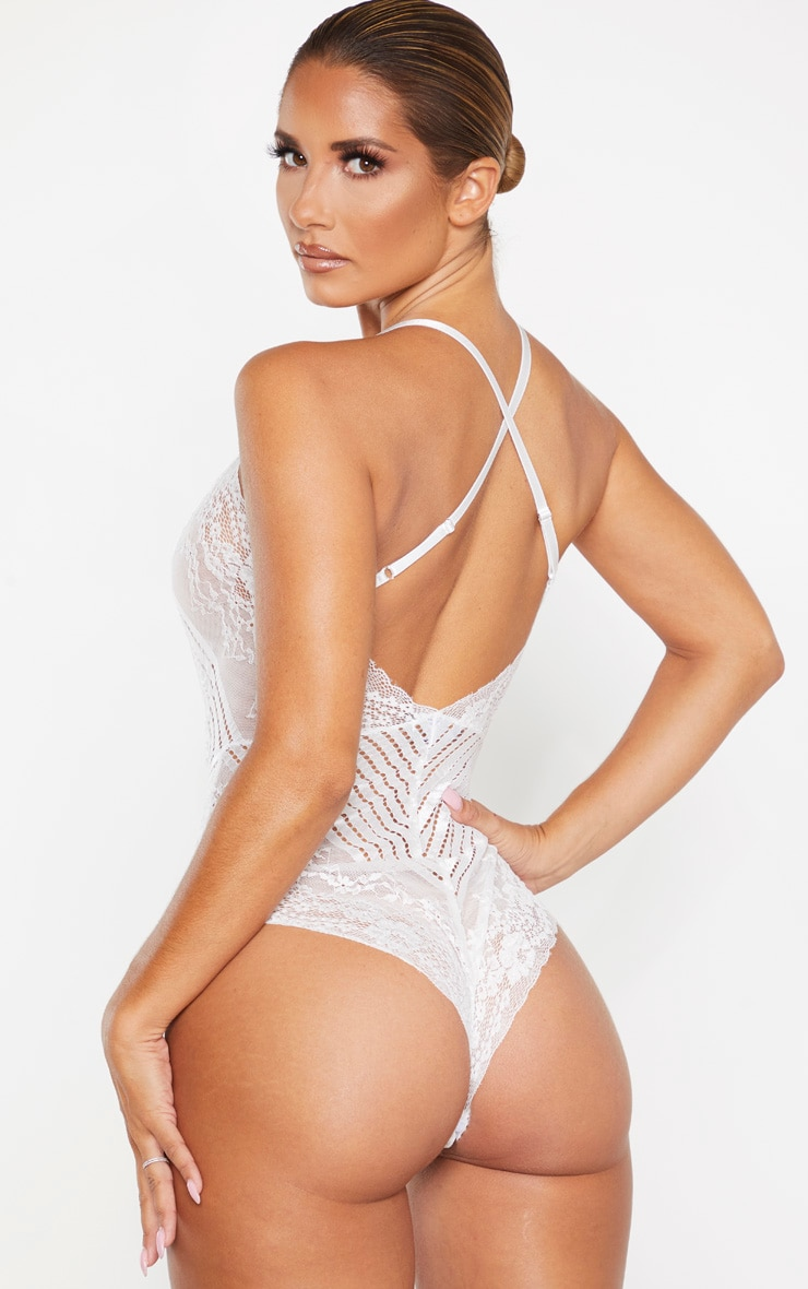 White Mixed Delicate Lace Body 2