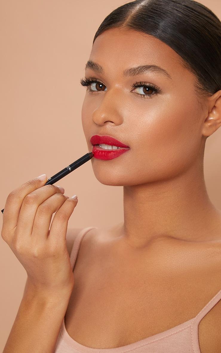 L'Oréal Paris Infallible Lip Liner Red Fiction 6