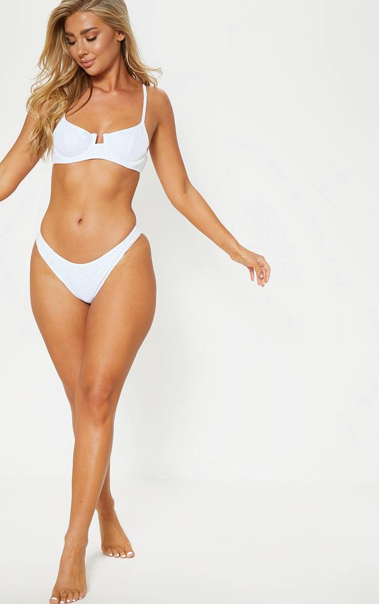 White Underwired Broderie Bikini Top 4