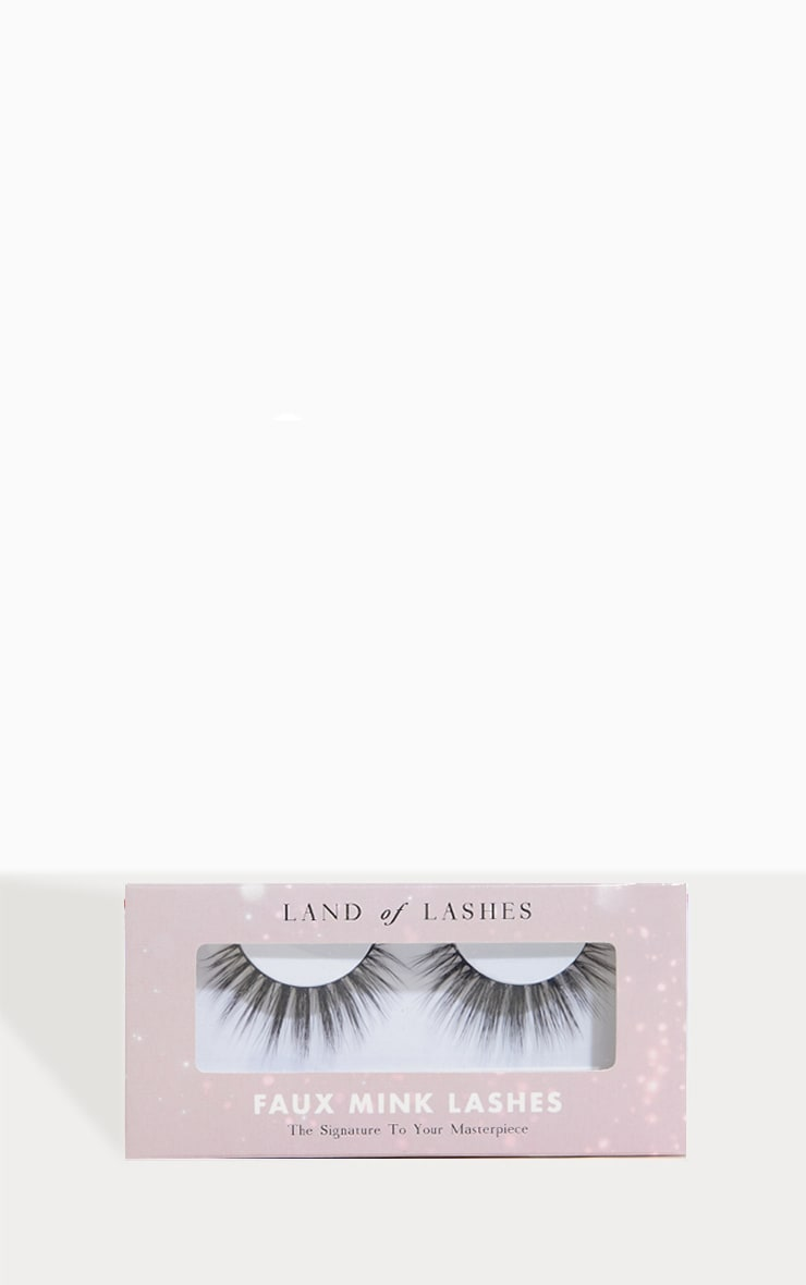 Land Of Lashes Flutter Lash 1