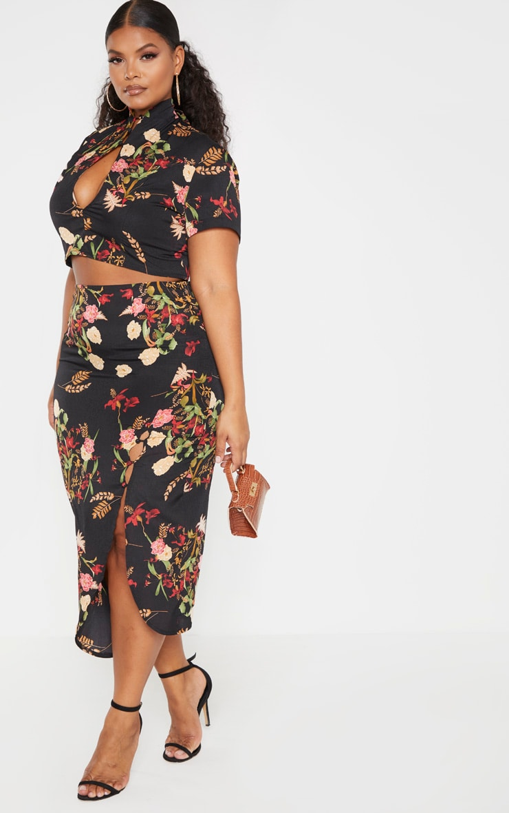 Plus Black Floral Button Detail Midi Skirt 1