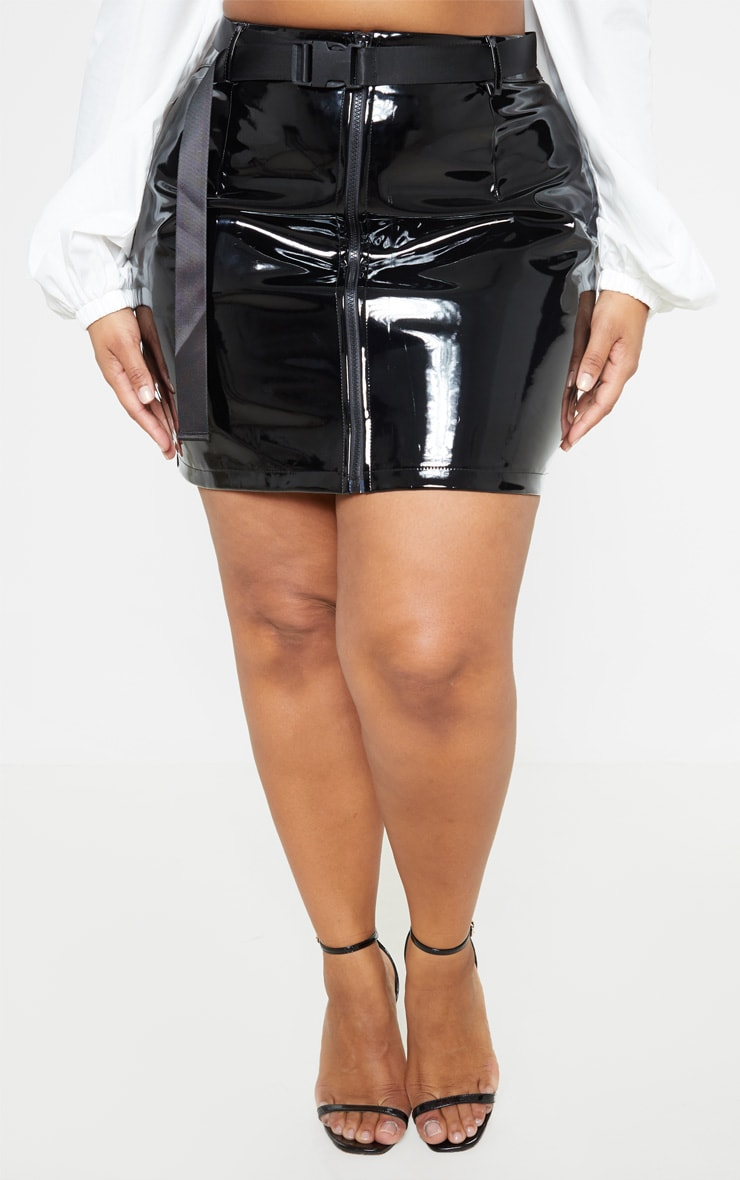 Plus Black Vinyl Zip Front Mini Skirt 2