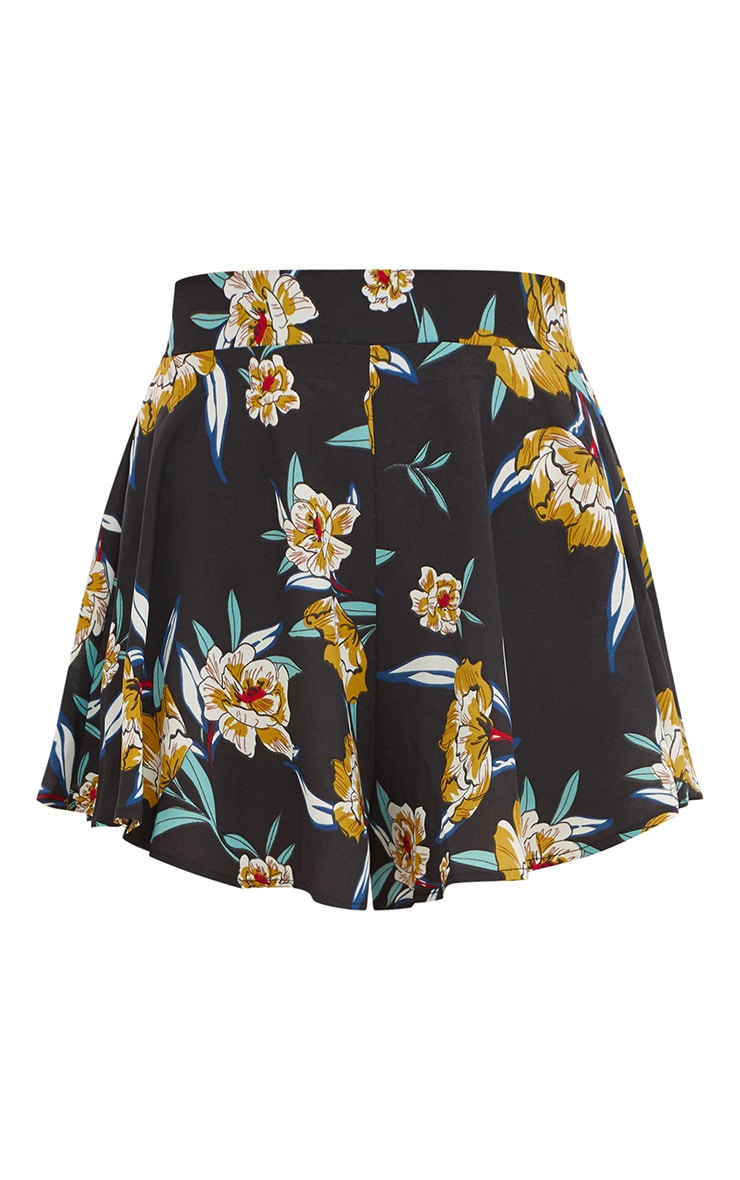 Black Floral Floaty Shorts 3