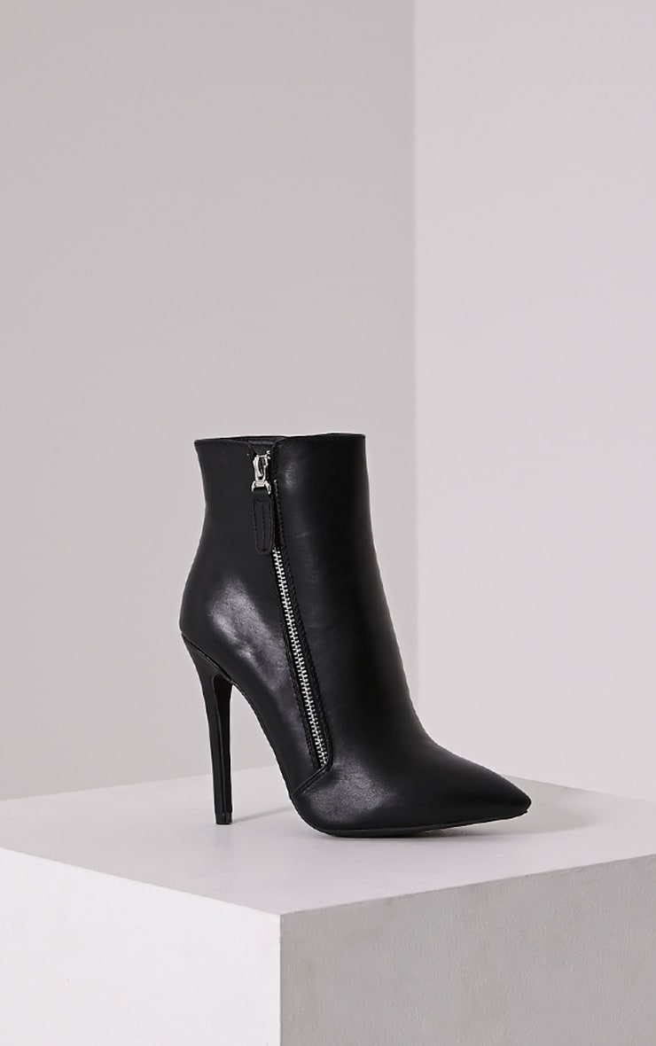 Soreenah Black Faux Leather Zip Detail Pointed Ankle Boots 3