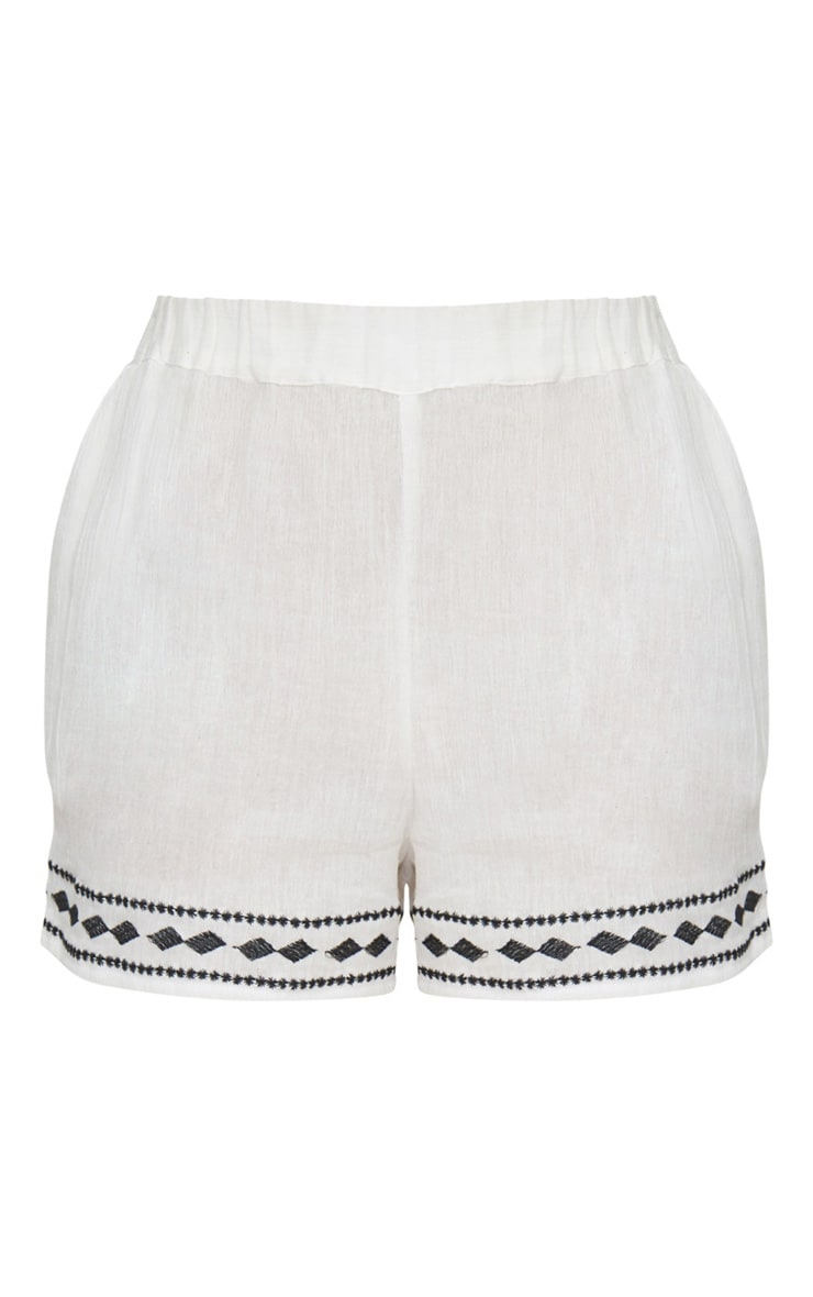 White Embroidered Stitch Detail Shorts 3