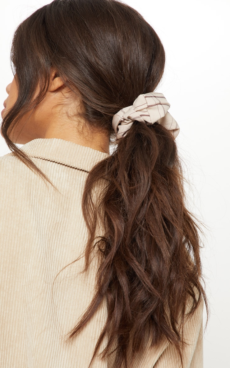 Cream Check Fabric Scrunchie 1