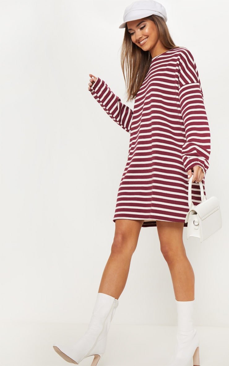 Oversized Prettylittlething Pull Bordeaux Rayures Robes À Fr Robe xwOq8R
