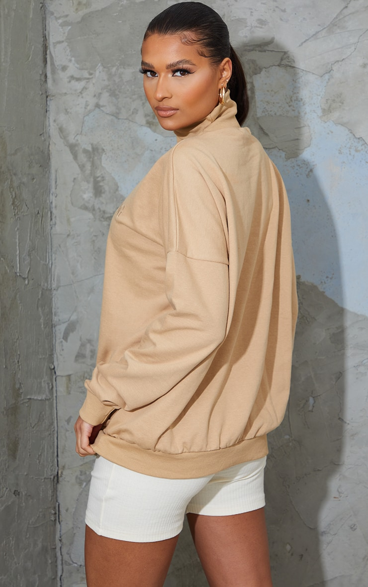 Sand Prettylittlething Embroidered High Neck Oversized Sweatshirt 2