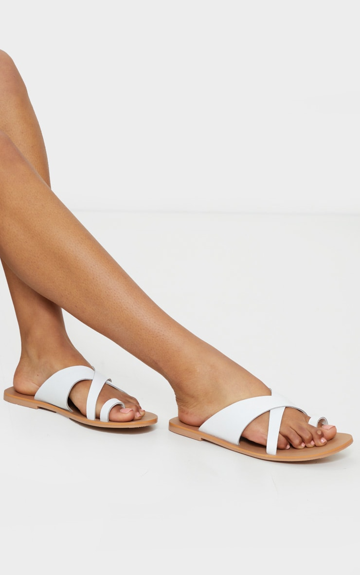 White Wide Fit Leather Cross Strap Toe Loop Sandals 1