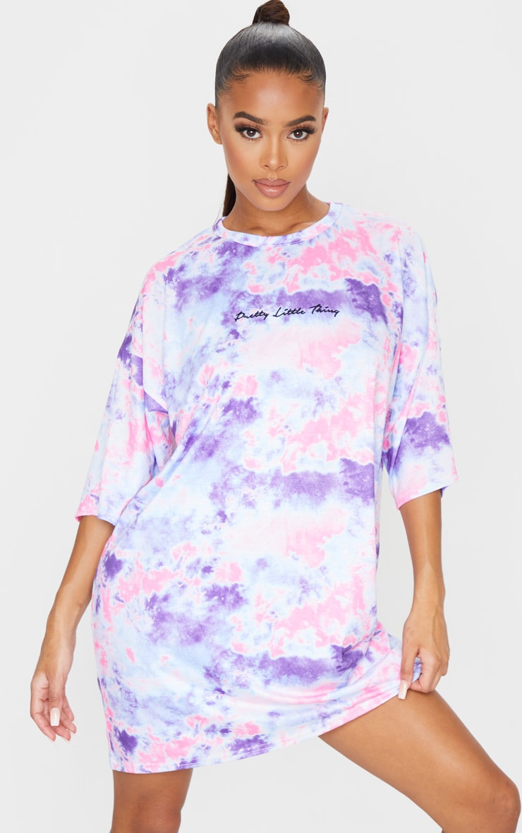 PRETTYLITTLETHING Pink Embroidered Tie Dye Boyfriend T Shirt Dress 3