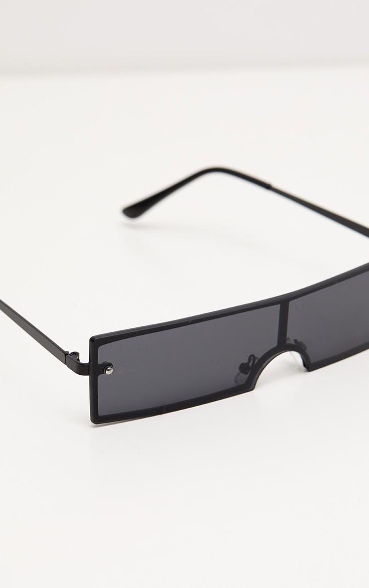 0530dd68a45 Lunettes rectangulaires noires. Accessoires